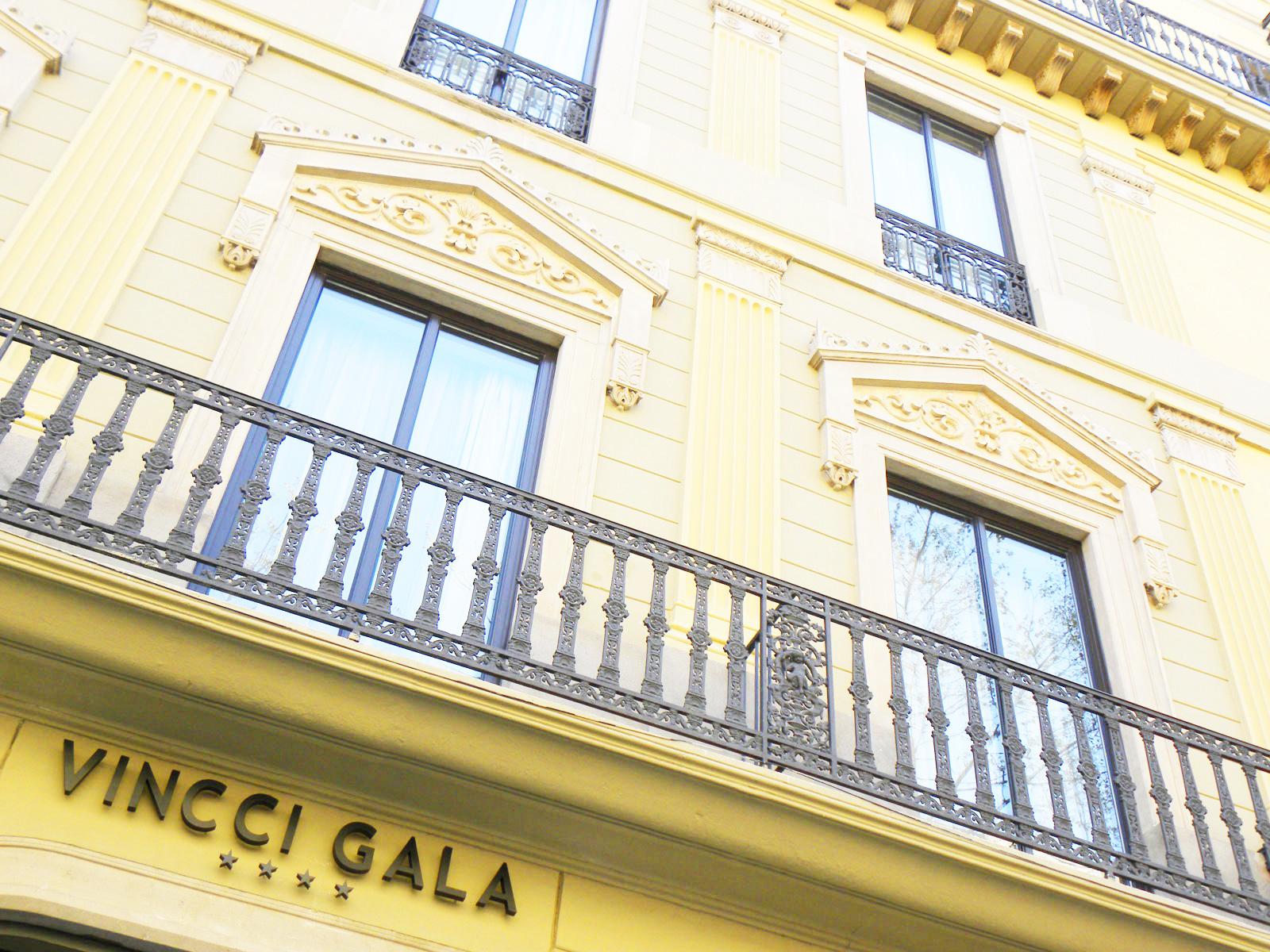 Front - Vincci Gala 4*