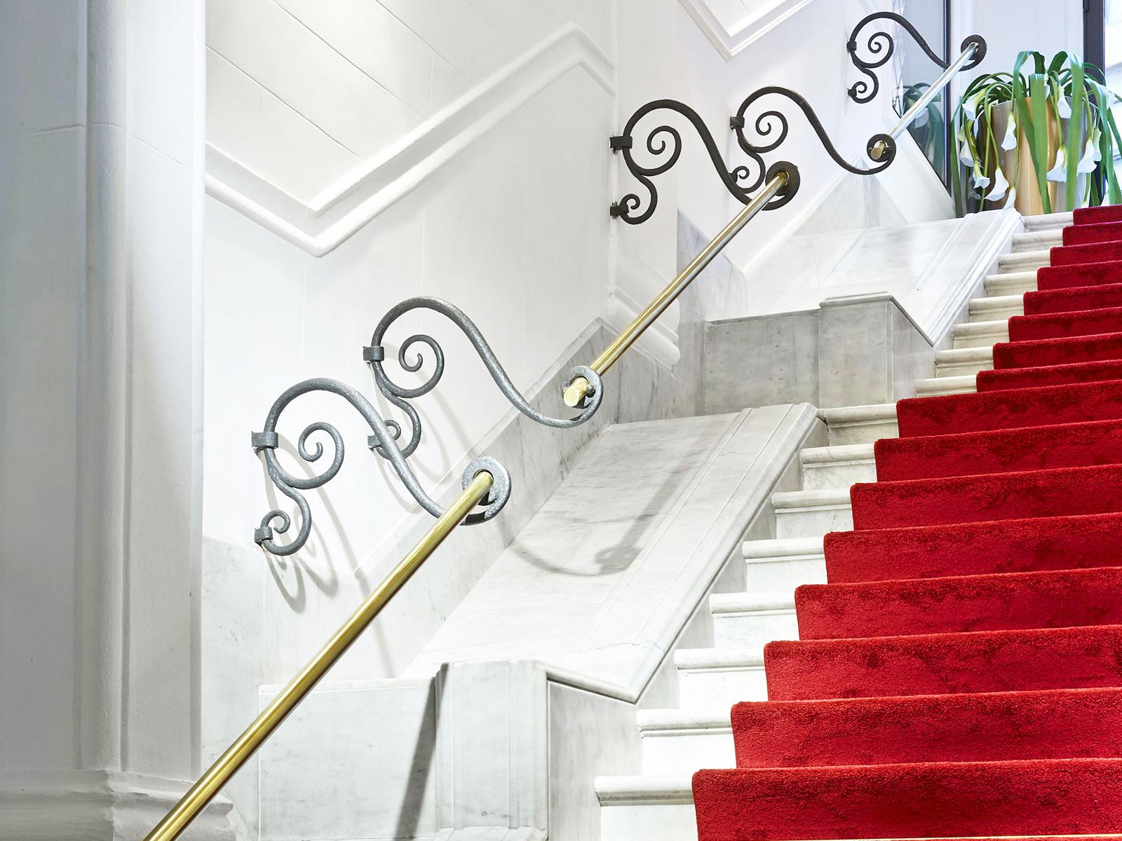 Escaleras - Vincci Gala 4*
