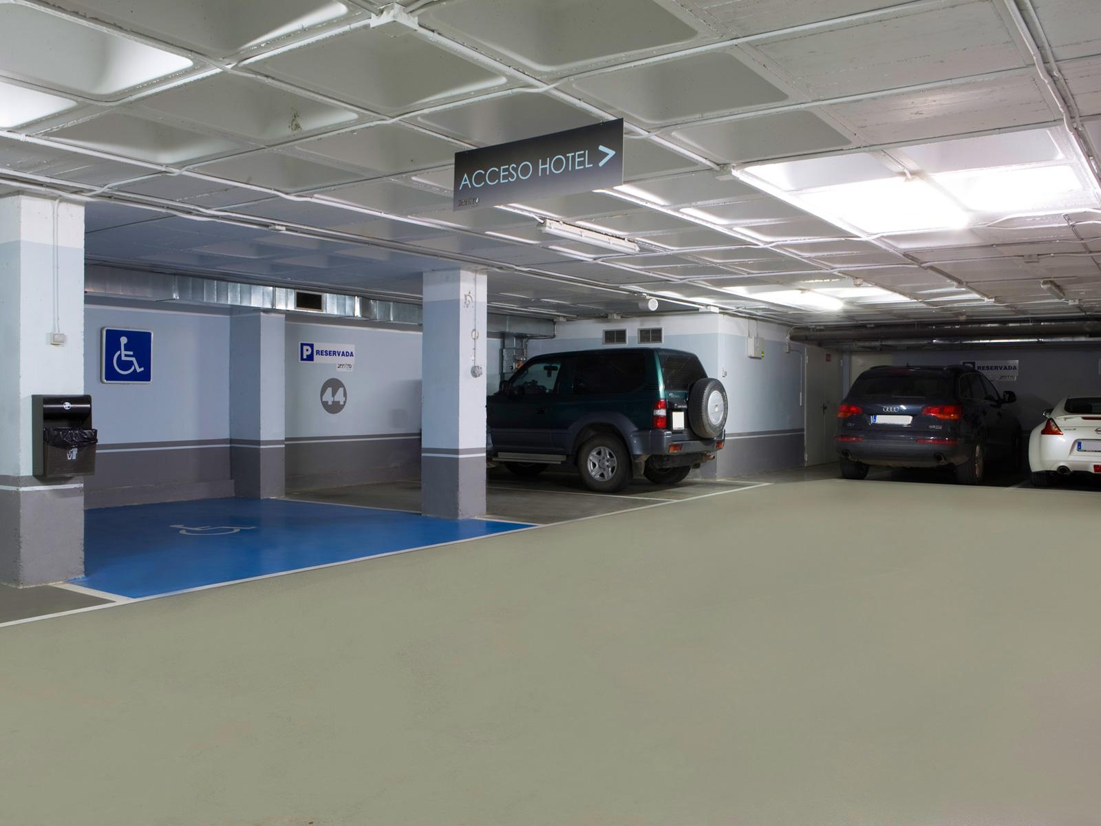 Parking - Vincci Zaragoza Zentro 4*