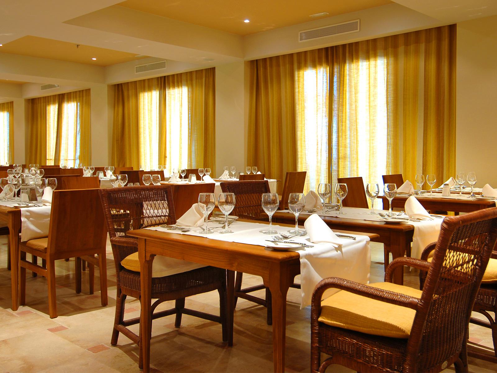 Restaurant - Vincci Selección Plantación del Sur 5* Lujo