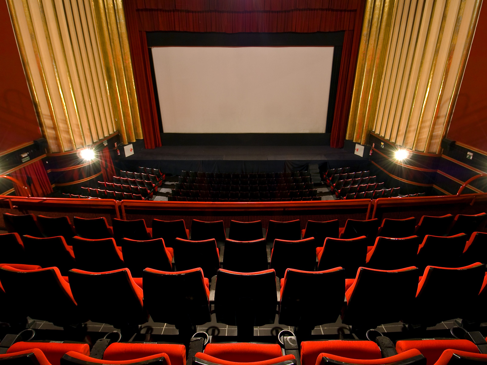 Sala Cine Capitol 5 - Vincci Capitol 4*