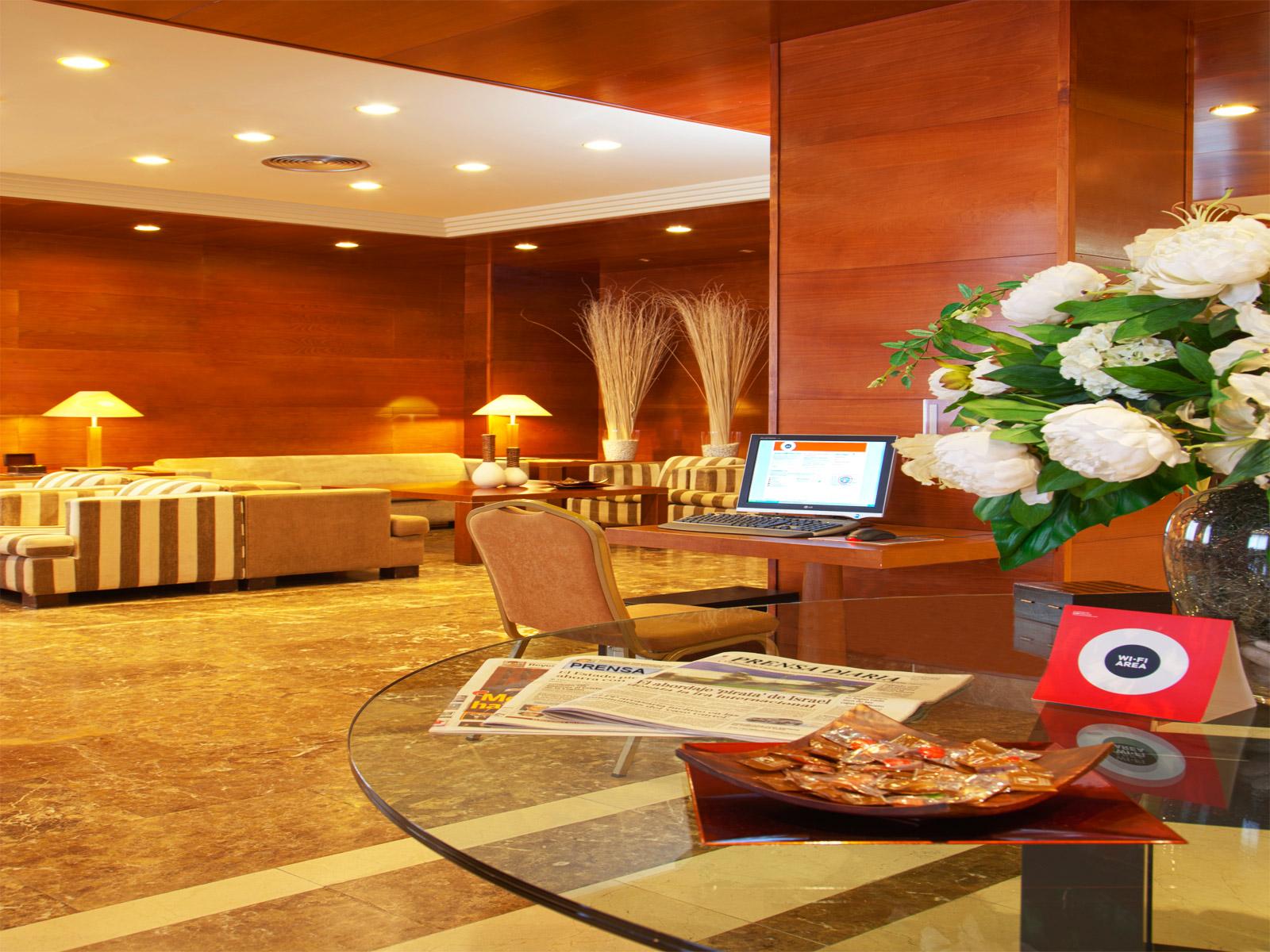 Indoor-Hoteles Vincci. Hotel Vincci Ciudad de Salamanca