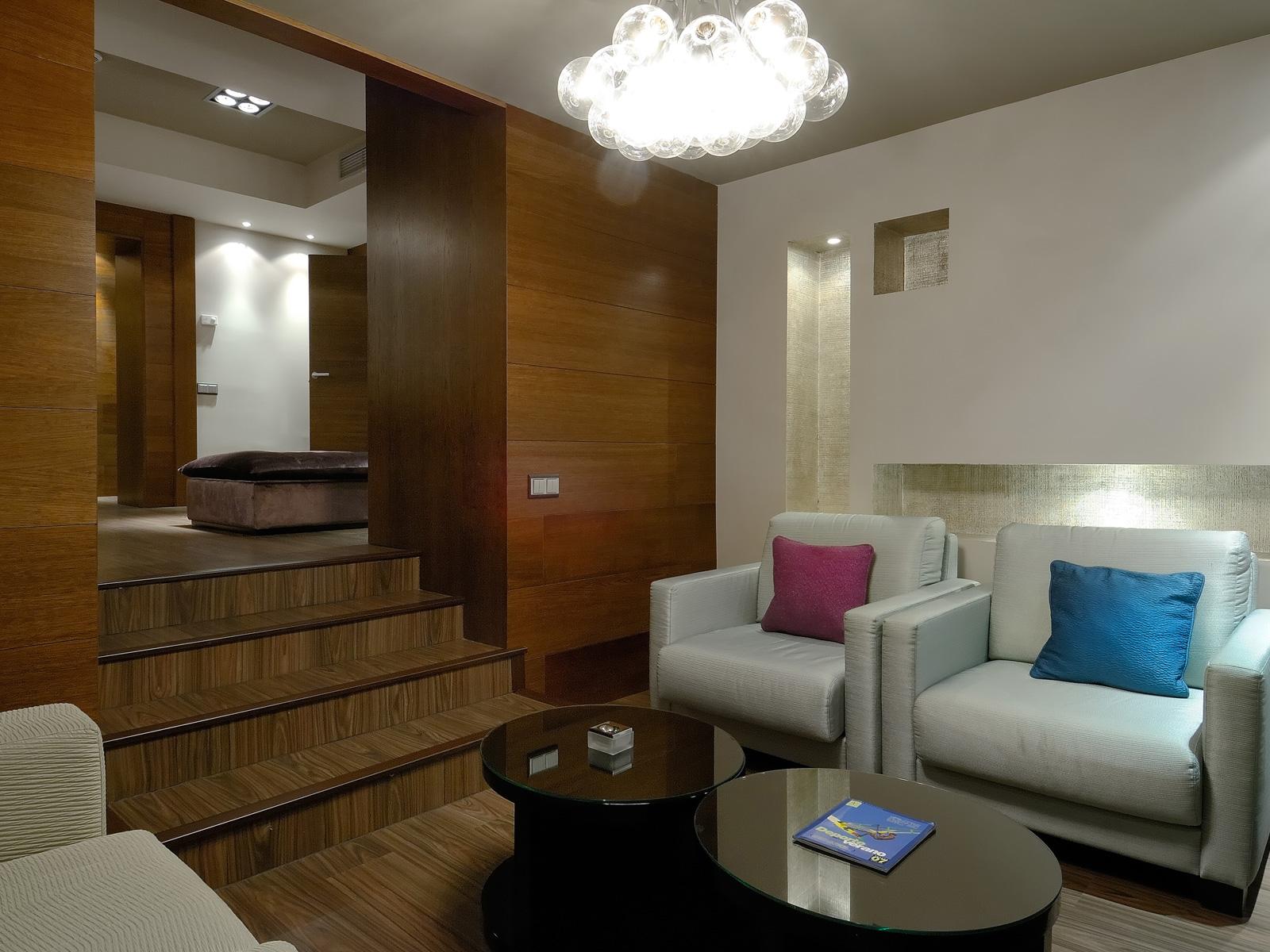 Salon Chambre Suite - Vincci Soho 4*