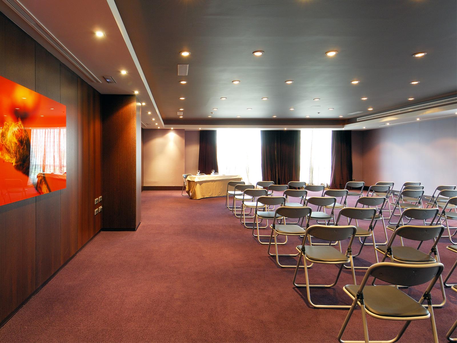Services-Conference rooms-Vincci Frontaura 4*