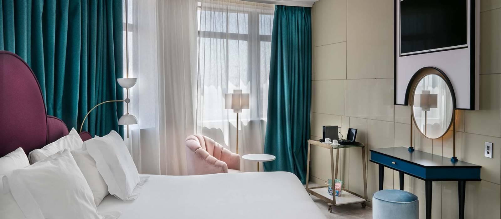 Rooms Hotel Vinnci Madrid Capitol - Vincci Hoteles - Deluxe Panorámica Gran Vía