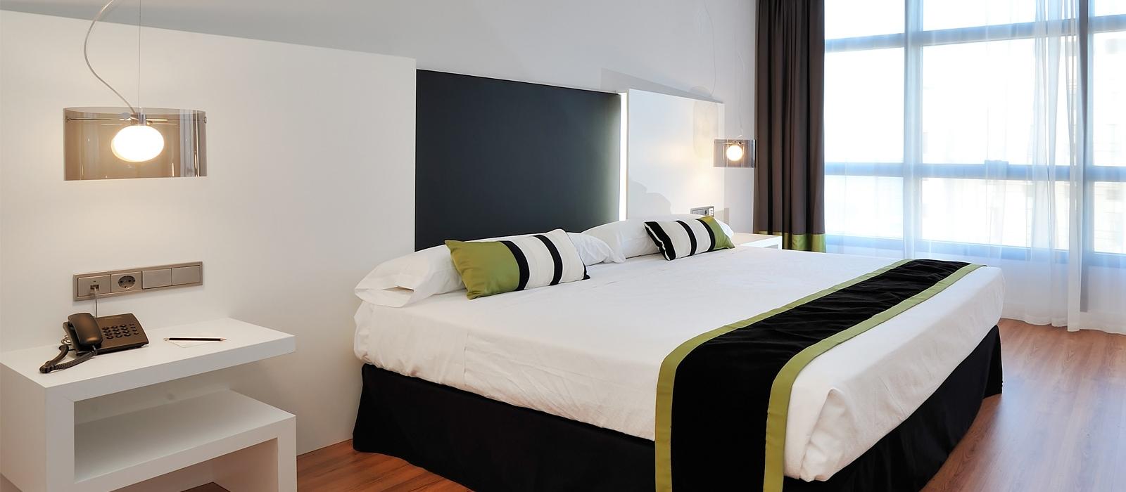 Standard-Twin-/Doppelzimmer | Vinnci Málaga 4*