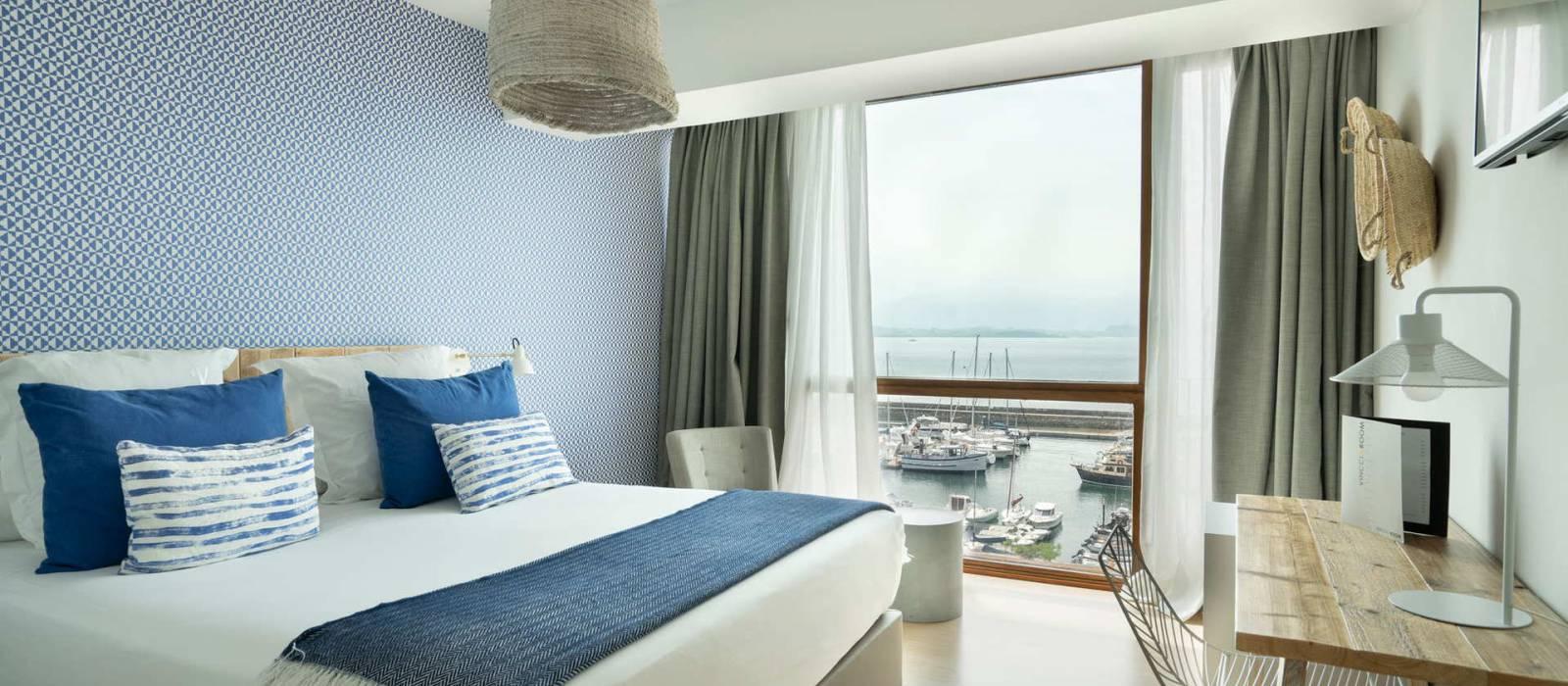 Habitación doble vistas al mar. Hotel Vincci Santander Puertochico