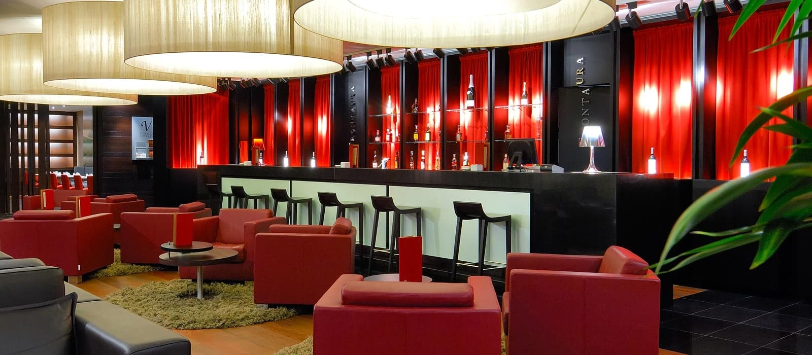 Hoteles Vincci. Hotel Vincci Frontaura im Zentrum von Valladolid.