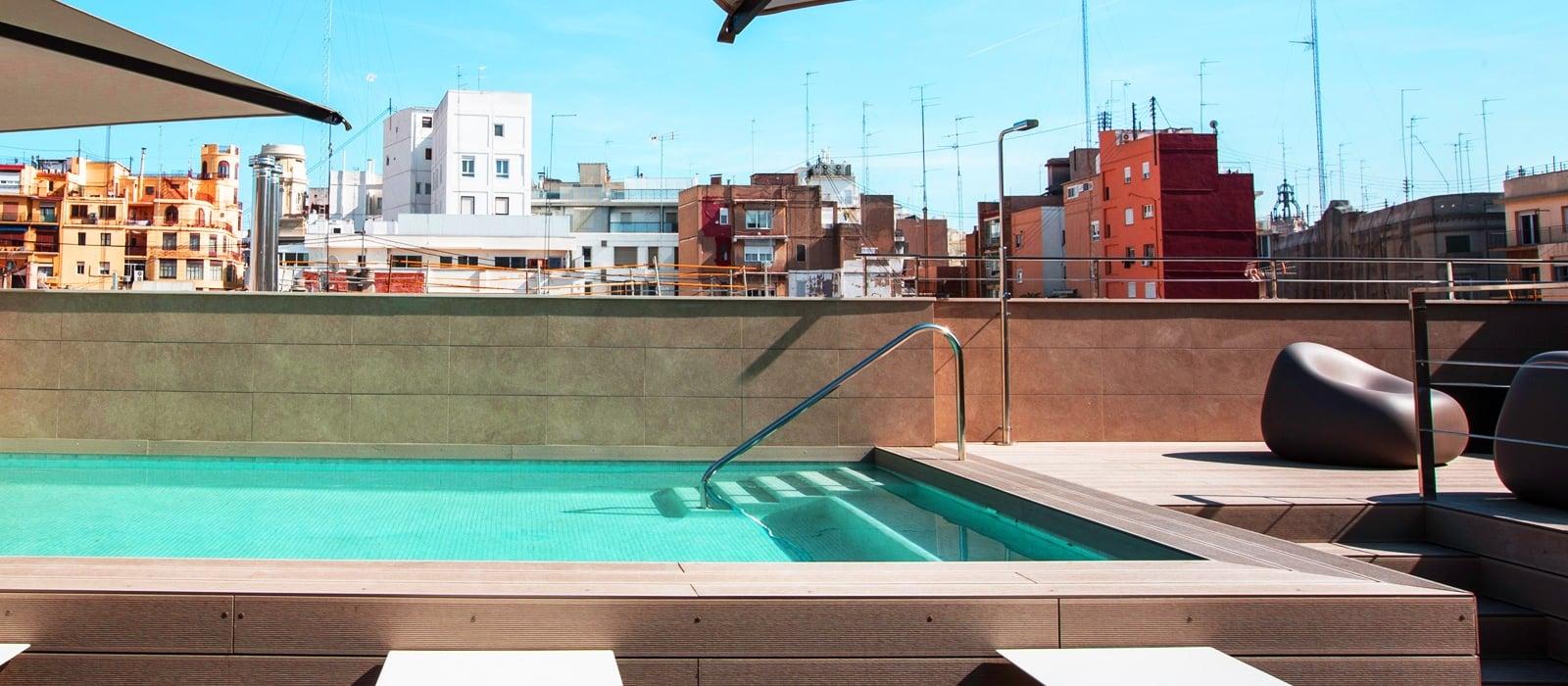 Instalaciones hotel vincci mercat vincci hoteles for Piscina el carmen valencia