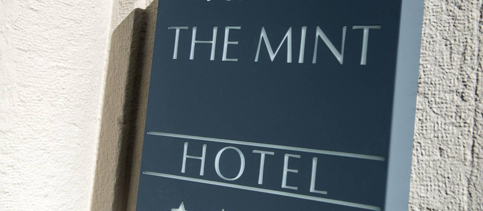 Front - Vincci The Mint 4* - Madrid