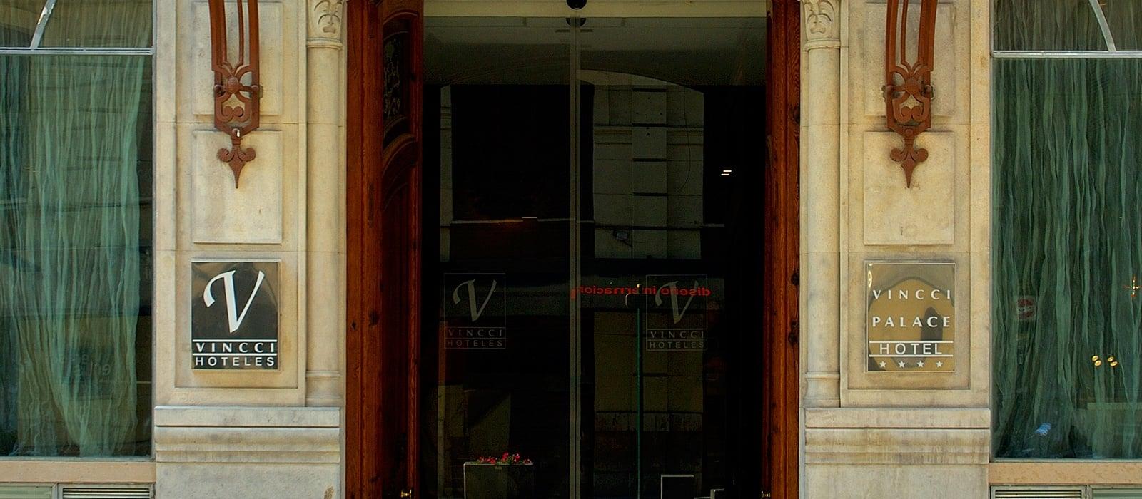 Entrance - Vincci Palace 4*
