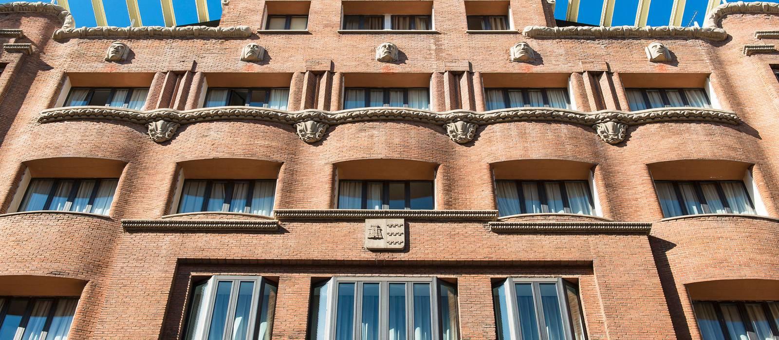 Seitenansicht - Vincci Centrum 4*