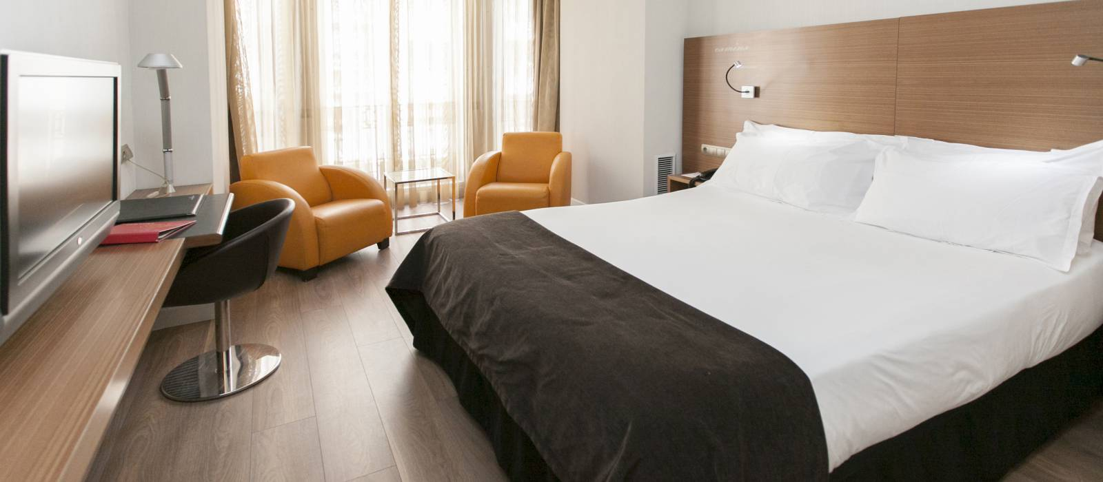 Book early and save 10%! - Vincci Zaragoza Zentro