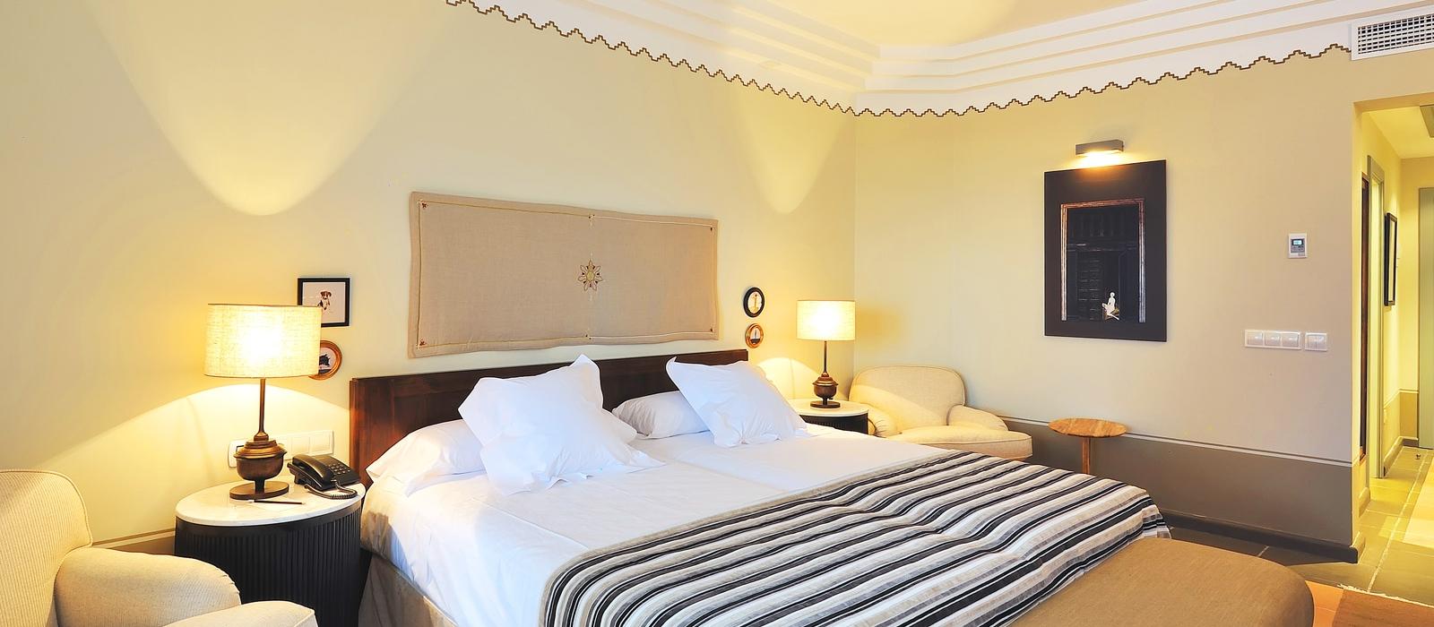 Promotions Hotel Vincci Estrella de Mar - Book now and save 10%