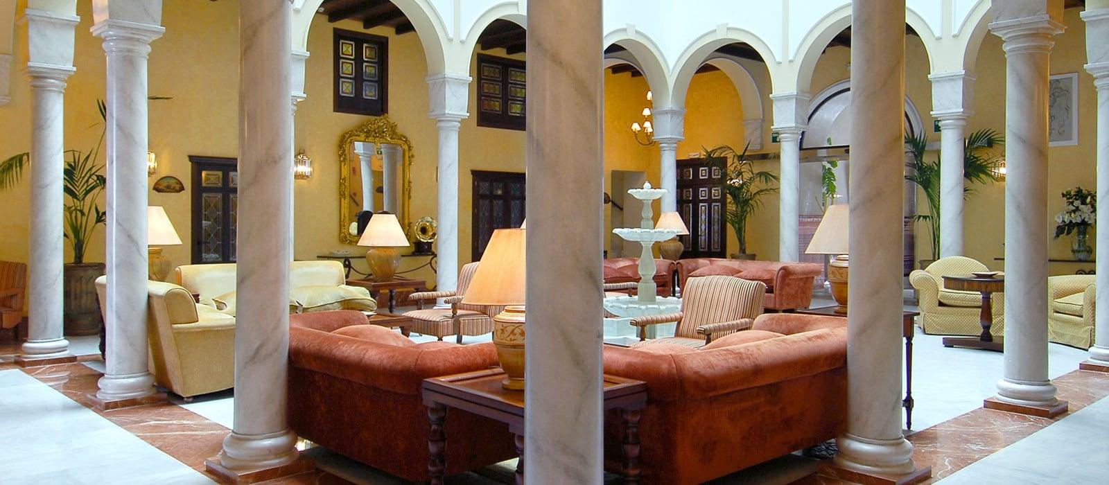 Marvelous Services Hotel Sevilla La Rábida   Vincci Hotels   Patio Andaluz