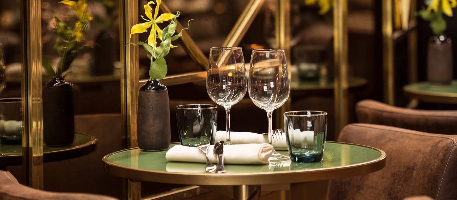 West Food&Bar - Vincci Mae 4*