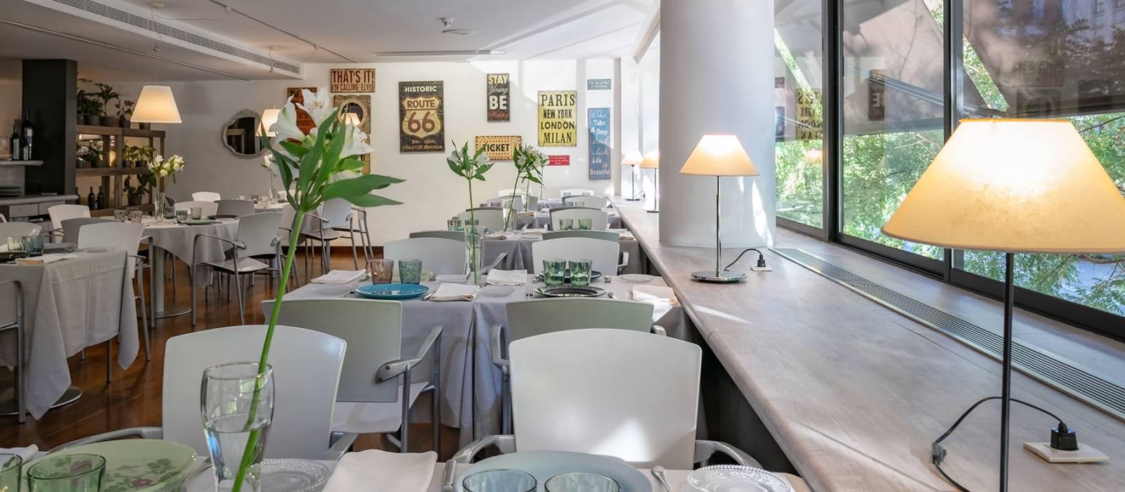 SoMa Restaurant - Vincci Soma 4*