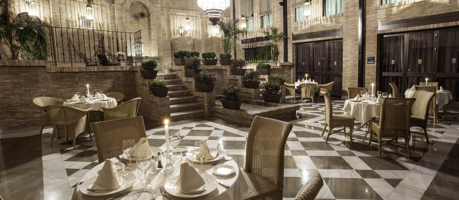 Restaurant - Vincci Albayzín Granada