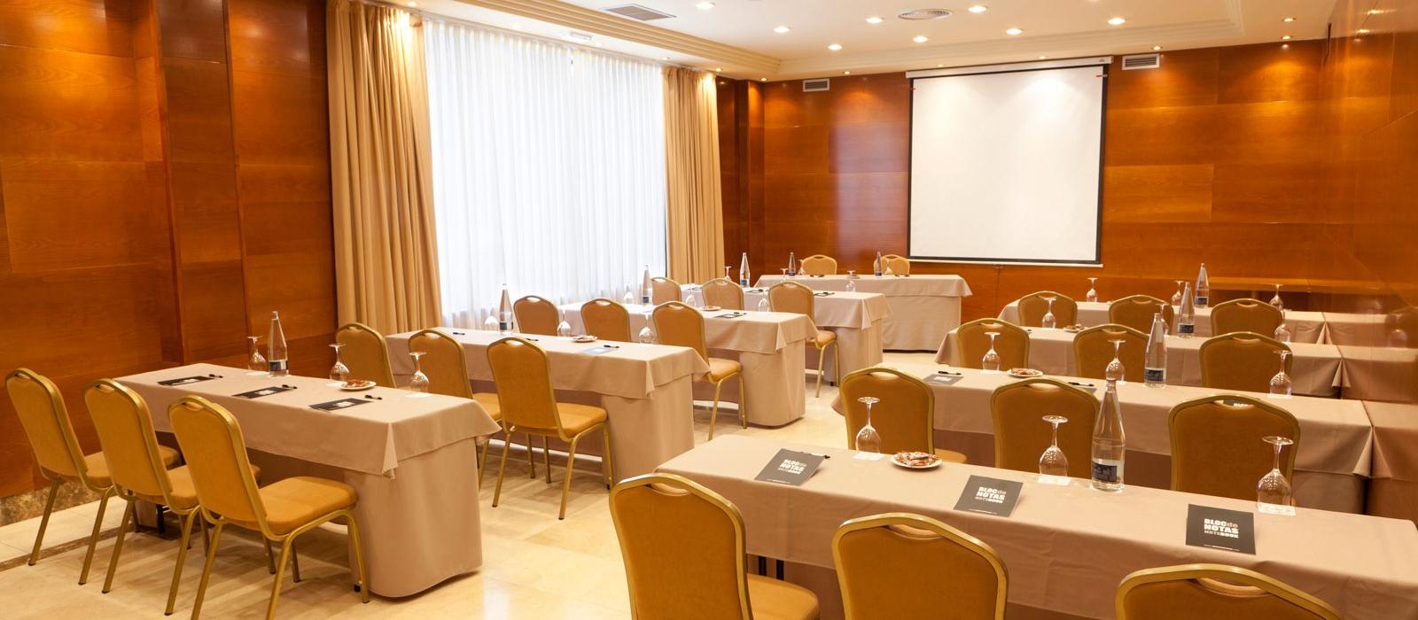 Dienstleistungen Hotel Ciudad de Salamanca - Vincci Hoteles |  Konferenzräume