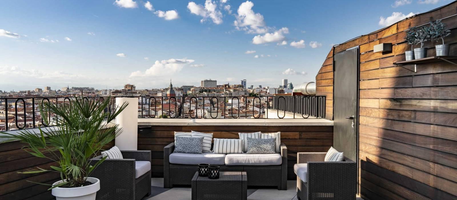 Sommerterrasse Roof 66 - Vincci Madrid Gran Vía