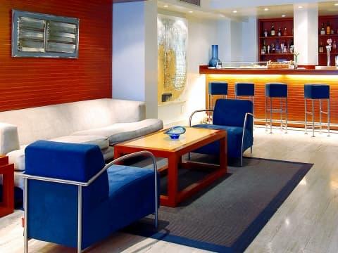 Bar Lounge - Vincci Puertochico