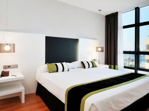 Zimmer mit Meerblick - Vincci Málaga 4*