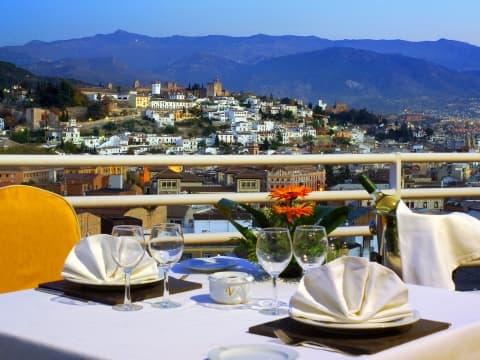 Terraza Habitación Junior Suite - Vincci Granada 4*