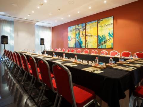 Pacífico Conference Room - Vincci Málaga 4*