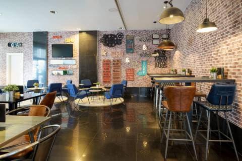 Bar Lounge Room Star - Vincci Málaga 4*