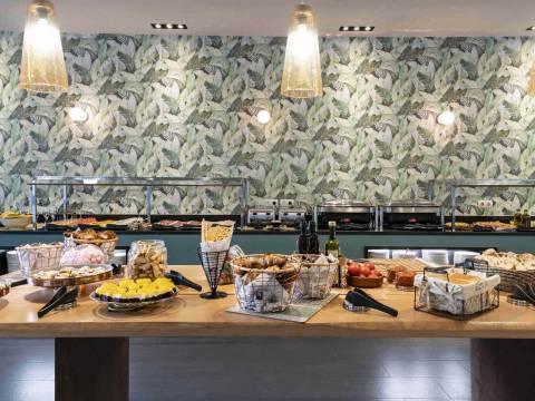 Frühstücksbuffet - Vincci Marítimo 4*