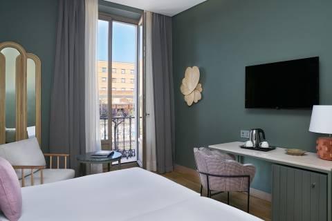 Double Room with Balcony - Vincci Selección Posada del Patio 5*