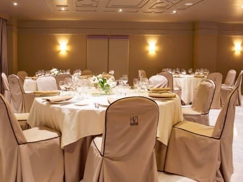 Conference Rooms - Vincci Albayzin 4*