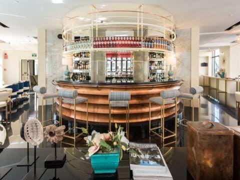 Capitol Food&Bar - Vincci Capitol 4*