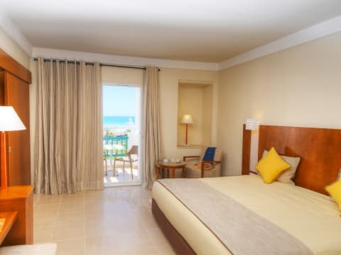 Habitaciones - Vincci Hélios Beach 4*