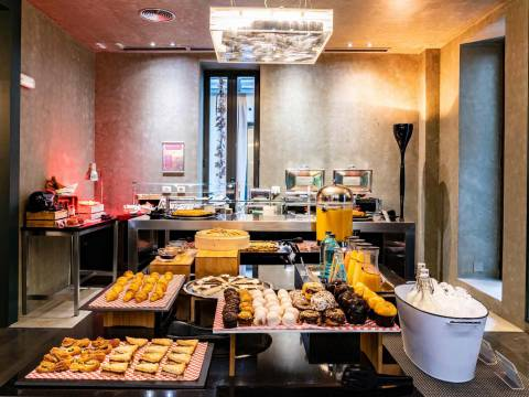Buffet Breakfast - Vincci Soho 4*
