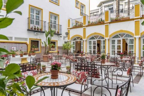 patio_andaluz_-_vincci_la_rabida
