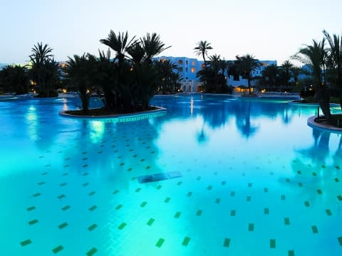 Piscina - Vincci Djerba Resort 4*