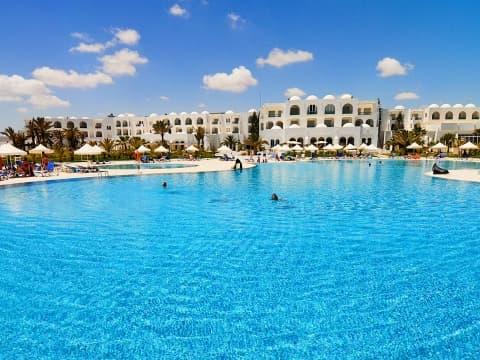 Schwimmbad - Vincci Helios Beach 4*