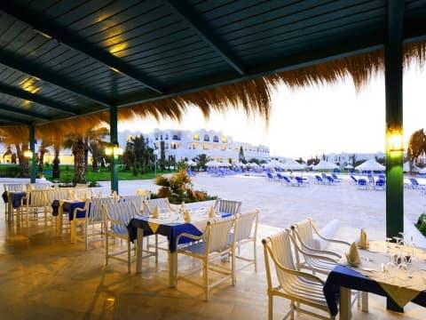 Restaurante - Vincci Hélios Beach 4*