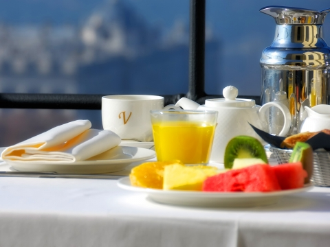 Petit-déjeuner buffet - Vincci Mercat 4*