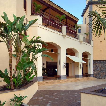 Exterior vincci hoteles for Ofertas de empleo banco exterior