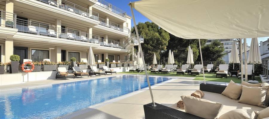 Hotel Vincci Aleysa Boutique&Spa - Pool und Jacuzzi im Freien