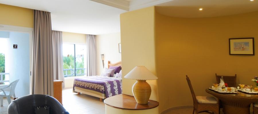 Vierbettzimmer-Familie. Übernachtung im Hotel Vincci Djerba in Tunesien
