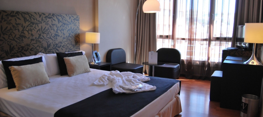 Superior Double Room - Granada Hotel Rooms - Vincci Hotels