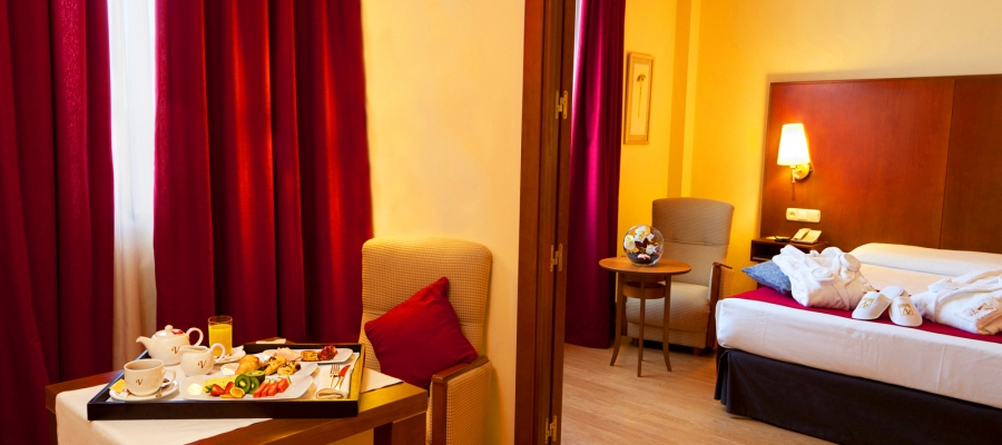 Junior Suite. Zimmer Hotel Ciudad de Salamanca - Vincci Hoteles