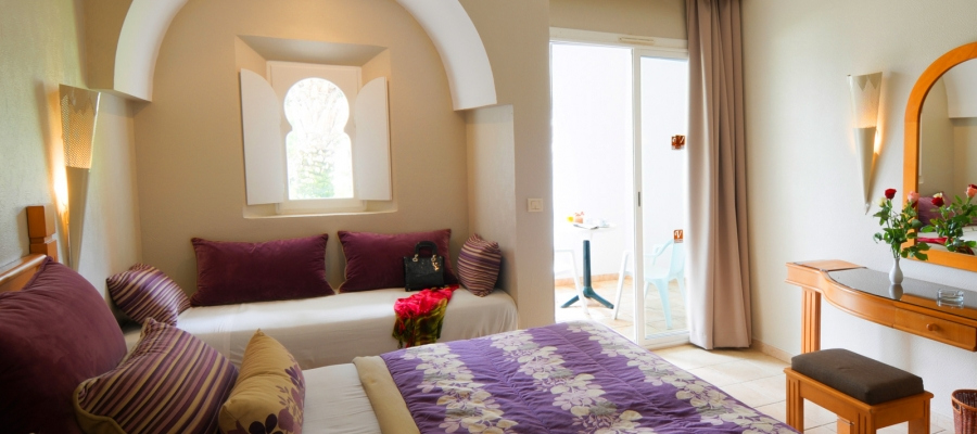Dreibettzimmer. Übernachtung im Hotel Vincci Djerba in Tunesien