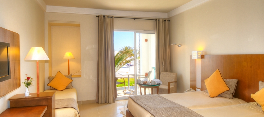 Camera vista mare triple - Vincci Hélios Beach   Túnez   Habitación