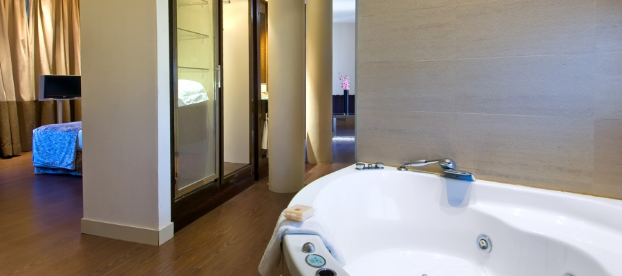 Rooms Hotel Vinnci Madrid Capitol - Double Room with Jacuzzi