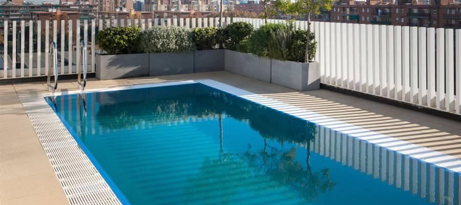 Plunge pool with Terrace - Vincci Bit 4*