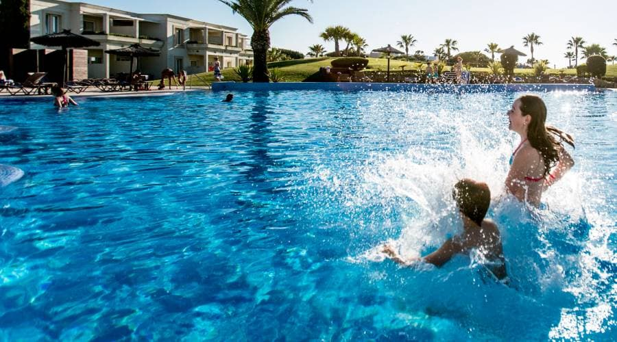 Book early and enjoy up to 25% discount- Vincci Costa Golf 4*
